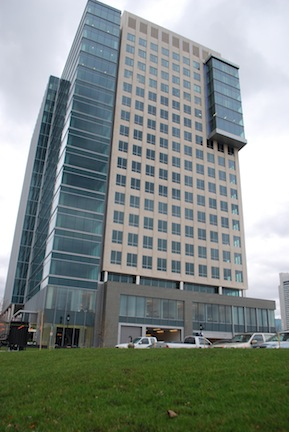 Pearl's Premium Helps Premier Boston Office Tower Cut Costs and Attract Green Te